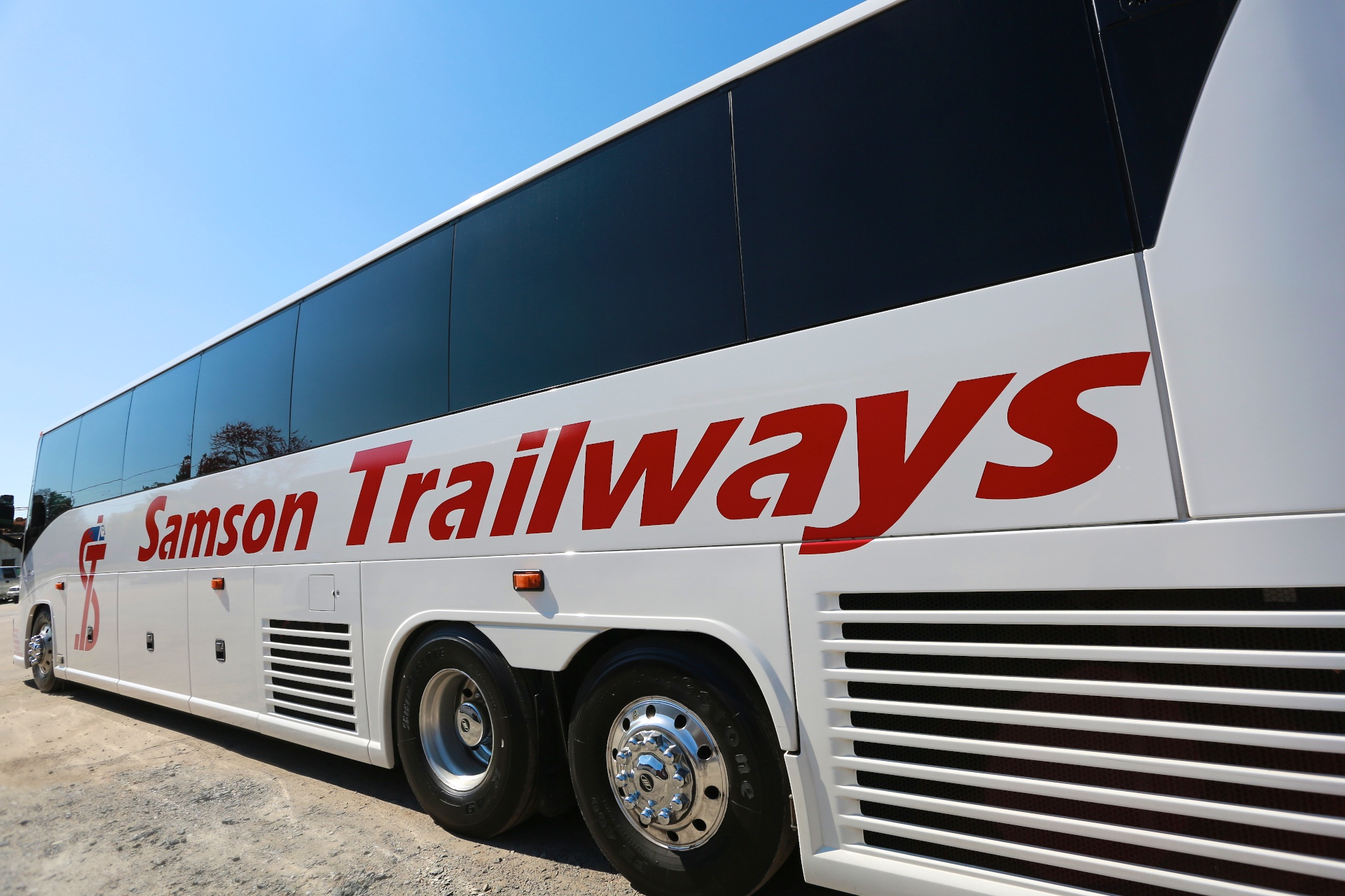 Samson Trailways Luxury Bus Charter