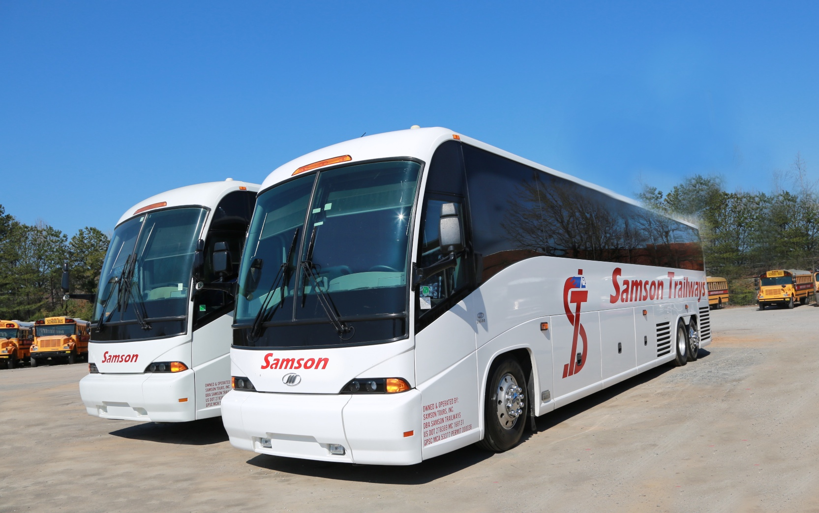 Samson Trailways Luxury Bus